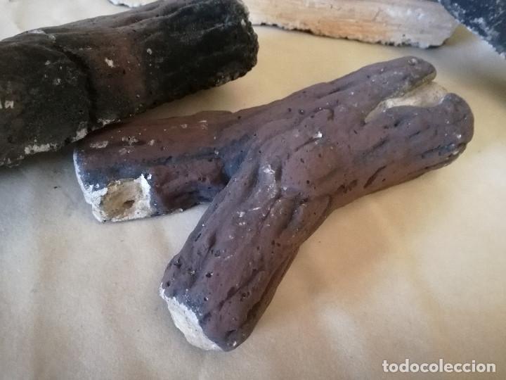 Coleccionismo: Conjunto de troncos para atrezzo o decoración, de escayola policromada o similar - Foto 4 - 194400388