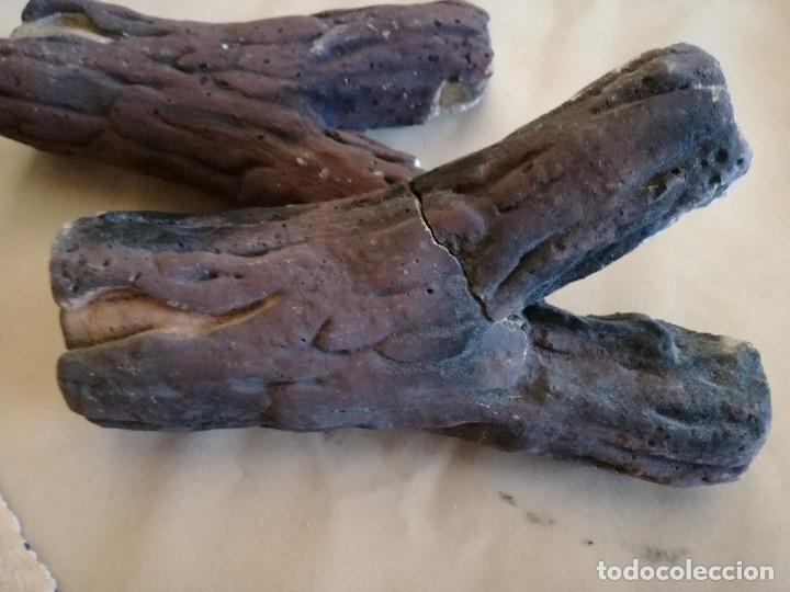 Coleccionismo: Conjunto de troncos para atrezzo o decoración, de escayola policromada o similar - Foto 5 - 194400388