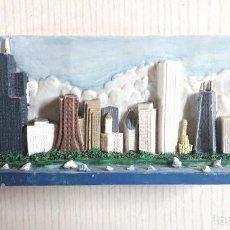 Coleccionismo: SOUVENIR SKYLINE CHICAGO AÑOS 90. Lote 195173613