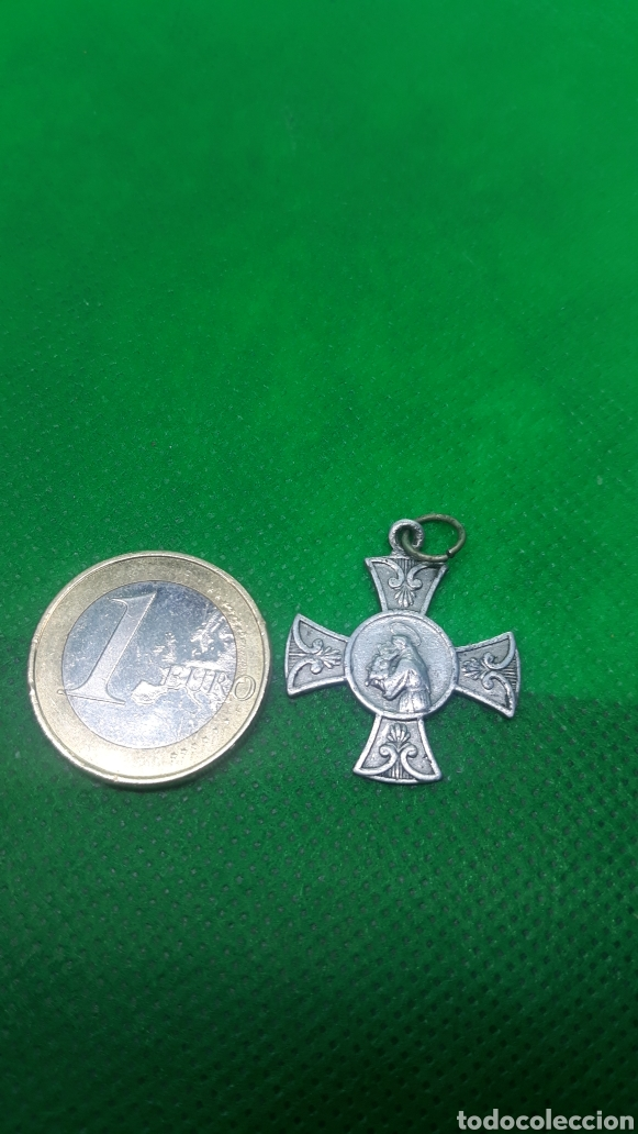 Coleccionismo: Medalla religiosa( he aquí la cruz del Señor, huiz enemigos, raiz de David ,aleluya aleluya) - Foto 2 - 195196035