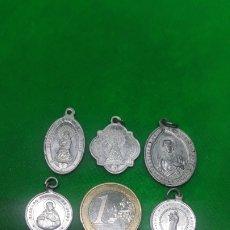 Coleccionismo: LOTE DE 8 MEDALLAS RELIGIOSAS (AVE MARIA,VIRGEN DEL PILAR, SAGRADO CORAZÓN DE JESÚS , ETC). Lote 195197508