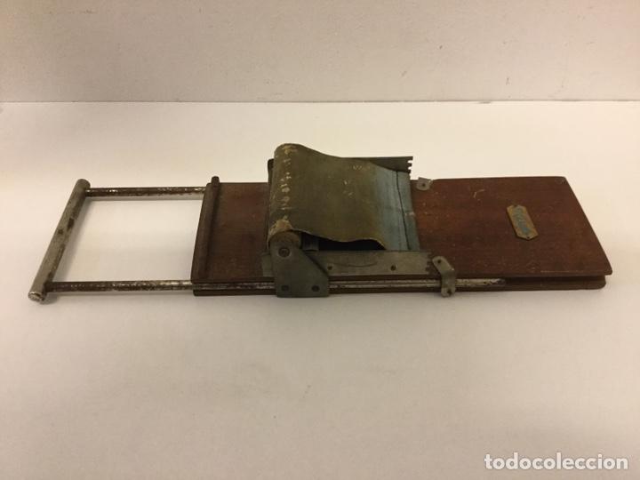 Coleccionismo: ANTIGUA MÁQUINA DE LIAR TABACO AÑOS 50/60 - EL CASTILLO - Foto 5 - 195404146