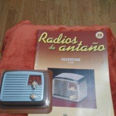 Coleccionismo: RADIOS DE ANTAÑO SILVERTONE AÑO 1049. Lote 195444255
