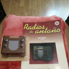 Coleccionismo: RADIOS DE ANTAÑO VITTO RIA AÑO 1936. Lote 195452578