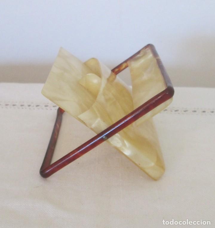 Coleccionismo: Preciosa antigua pitillera en pasta dura, imitando carey. Para cigarrillos cortos - Foto 4 - 197060480