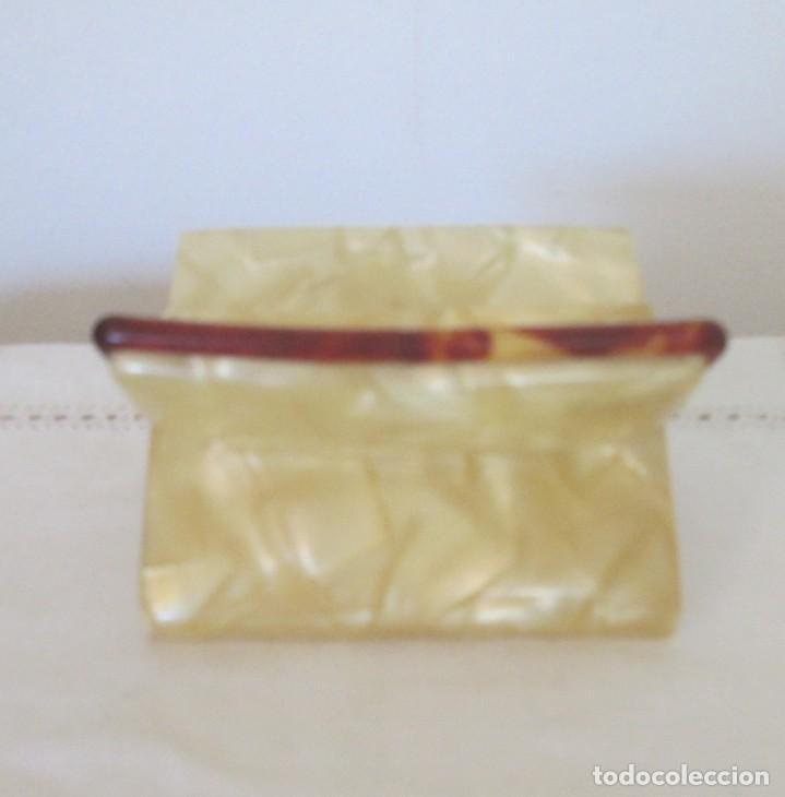 Coleccionismo: Preciosa antigua pitillera en pasta dura, imitando carey. Para cigarrillos cortos - Foto 5 - 197060480