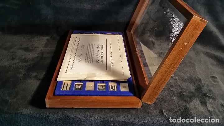 Coleccionismo: JUEGO LINGOTES BANDERAS DE ESTADOS UNIDOS (50) EN PLATA ESTERLINA AÑO 1975 CON CERTIFICADO - Foto 13 - 198290677