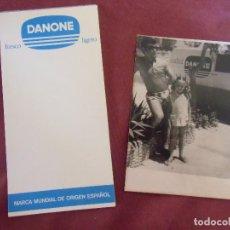 Collezionismo: DANONE.AÑOS 70.LIBRETA Y FOTOGRAFIA CON FURGONETA DE REPARTO.. Lote 199973868
