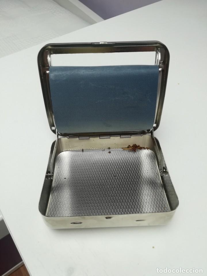 Coleccionismo: Pitillera máquina liar cigarrillos - Foto 2 - 202001930