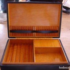 Coleccionismo: CAJA TABAQUERA MUSICAL A CUERDA. IMPECABLE.. Lote 202483195