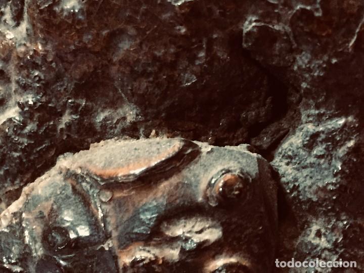 Coleccionismo: antiguo gong de mesa base jacaranda bambu semilla ojos vidrio asta ciervo pajaro 45x28x25cms - Foto 21 - 202579898