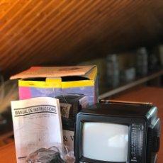 Coleccionismo: TELEVISIÓN PORTÁTIL. Lote 204068806
