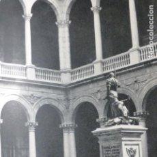 Coleccionismo: TOLEDO PATIO DE EL ALCAZAR ANTIGUA LAMINA HUECOGRABADO AÑOS 50. Lote 205602318