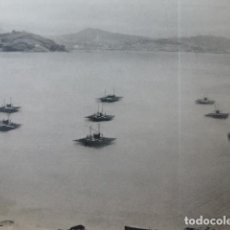 Coleccionismo: RIA DE VIGO PONTEVEDRA VIVEROS DE MEJILLONES ANTIGUA LAMINA HUECOGRABADO AÑOS 50. Lote 205748683