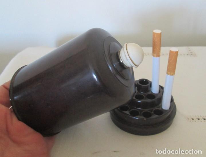 Coleccionismo: Caja para tabaco, cigarrera y cenicero en baquelita. - Foto 9 - 205828710