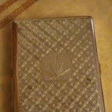 Coleccionismo: BONITA CIGARRERA DE METAL PLATEADO. Lote 206561508