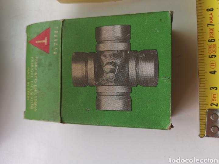 Coleccionismo: Cruz Cardan para coche vintage 2 CV 2000G. Travasa - Foto 3 - 206580203