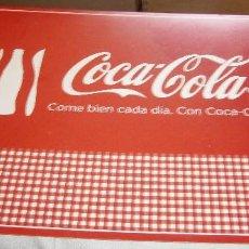 Coleccionismo: SALVAMANTELES COCA COLA PLASTICO FLEXIBLE NUEVO. Lote 207340973