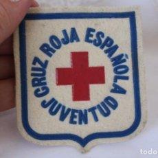 Coleccionismo: ESCUDO CRUZ ROJA ESPAÑOLA JUVENTUD PARCHE TELA VINTAGE. Lote 212534035