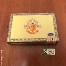 Coleccionismo: CAJA DE PUROS ALVARO DISTINTOS PUROS. Lote 212606522