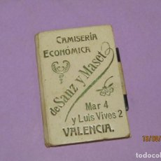 Coleccionismo: CARTERITA CON ESPEJO Y PIZARRA INTERIORES PUBLICIDAD DE CAMISERIA SANZ Y MASET VALENCIA - 1910-20S.. Lote 214796380