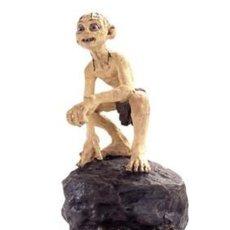 Coleccionismo: EL SEÑOR DE LOS ANILLOS. FIGURA DE PLOMO Nº 9 GOLLUM. CON CAJA.. Lote 214817636