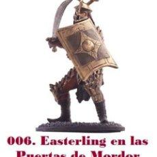 Coleccionismo: EL SEÑOR DE LOS ANILLOS. FIGURA DE PLOMO Nº 6 SOLDADO DEL ESTE. CON CAJA.. Lote 214817832