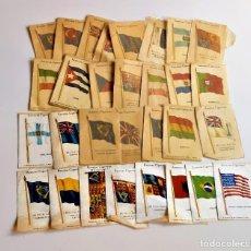 Coleccionismo: KENSITAS CIGARETTES LOTE DE 31 BANDERAS DE TELA TIPO SEDA DE 5 X 7.5.CM DE COLECCION CIGARRILLOS. Lote 215395783