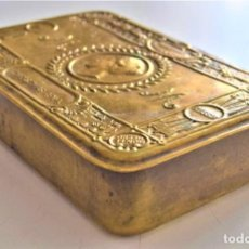 Coleccionismo: PRECIOSA CAJA METÁLICA PARA TABACO CHRISTMAS 1914, IMPERIUM BRITANNICUM - CAJA INGLESA ANTIGUA. Lote 218499726