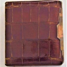 Coleccionismo: PITILLERA VINTAGE AÑOS 40-50 DE PIEL DE COCODRILO EN BUN ESTADO. Lote 218703981