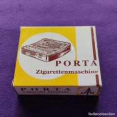 Coleccionismo: ANTIGUA Y BONITA MAQUINA PARA LIAR CIGARRILOS PORTA ZIGARETTENMASCHINE. GERMANY. NUEVA. TABACO.. Lote 218788420