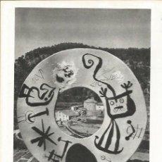 Coleccionismo: LAMINA 21623: ESCULTURA DE JOAN MIRO EN GALLIFA. Lote 218818735