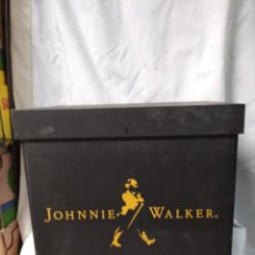 Coleccionismo: CAJA CASINO CON PUBLICIDAD DE JHONNIE WALKER.. Lote 218986308