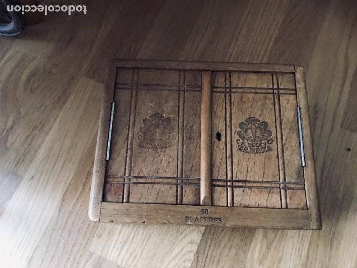 Coleccionismo: Magnifica y muy antigua caja de habanos (preembargo) C.E. Beck y Cia, 50 Placeres,vacia CON SU LLAVE - Foto 9 - 220548101