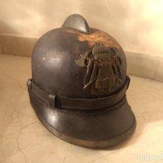 Coleccionismo: IMPRESIONANTE CASCO DE BOMBEROS AÑOS 1920 BARCELONA. Lote 223780255
