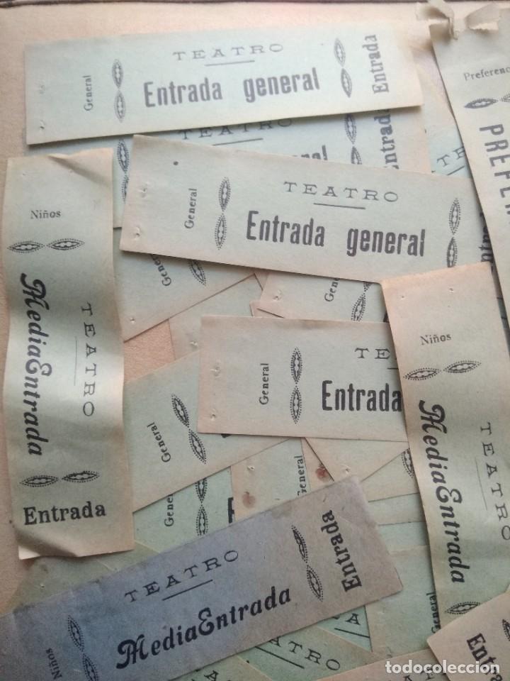 LOTE DE MAS DE 20 ANTIGUAS ENTRADAS DE TEATRO (Coleccionismo - Laminas, Programas y Otros Documentos)