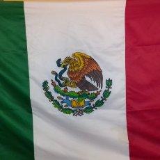 Coleccionismo: BANDERA DE MÉXICO EXTRAGRANDE ALTA CALIDAD. Lote 230672775