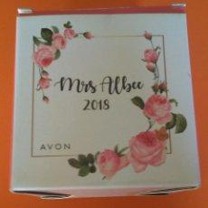Coleccionismo: MRS ALBEE AVON 2018 TETERA NUEVA CON CAJA SIN USAR. Lote 233529625