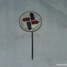Coleccionismo: INSIGNIA O AGUJA FERIA DE BARCELONA. Lote 235708850