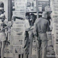 Coleccionismo: PALMA DE MALLORCA ESCENA URBANA ANTIGUO HUECOGRABADO. Lote 245074605