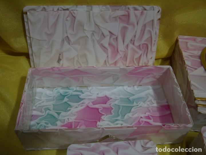 Coleccionismo: Juego fumador metraquilato rosa, con 6 posavasos, años 80, Nuevo sin usar. - Foto 5 - 247498905