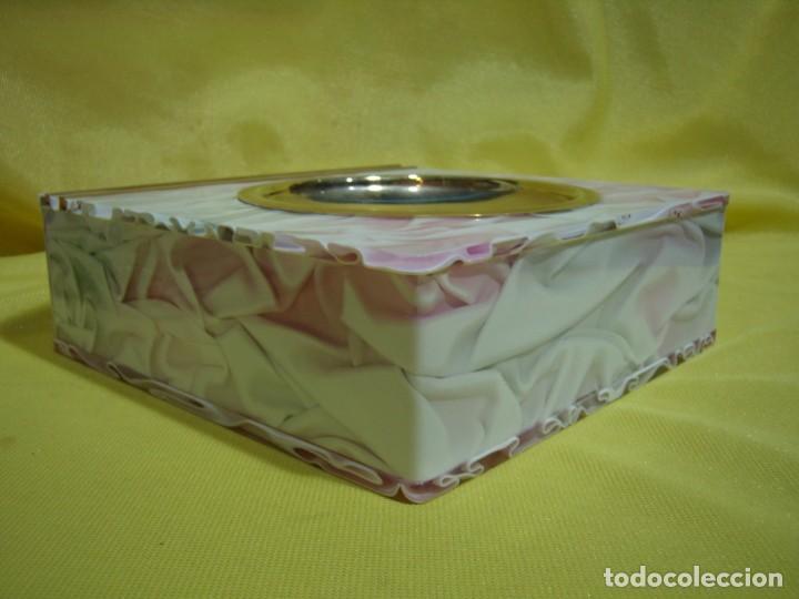 Coleccionismo: Juego fumador metraquilato rosa, con 6 posavasos, años 80, Nuevo sin usar. - Foto 15 - 247498905
