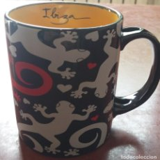 Coleccionismo: TAZA IBIZA GRANDE // CAFÉ SOUVENIR RECUERDO VAJILLA MENAJE CERÁMICA PORCELANA ISLAS BALEARES MENORCA. Lote 130427350