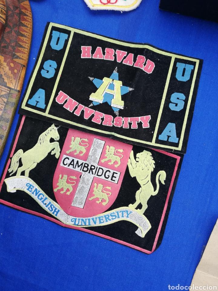 PARCHE.. ESCUDOS.. DE TELAS DE LAS UNIVERSIDADES DE HARVARD Y CAMBRIDGE (Coleccionismo - Varios)