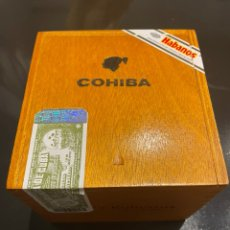 Coleccionismo: CAJA DE PUROS COHIBA ROBUSTO - EN PERFECTO ESTADO. Lote 251274535