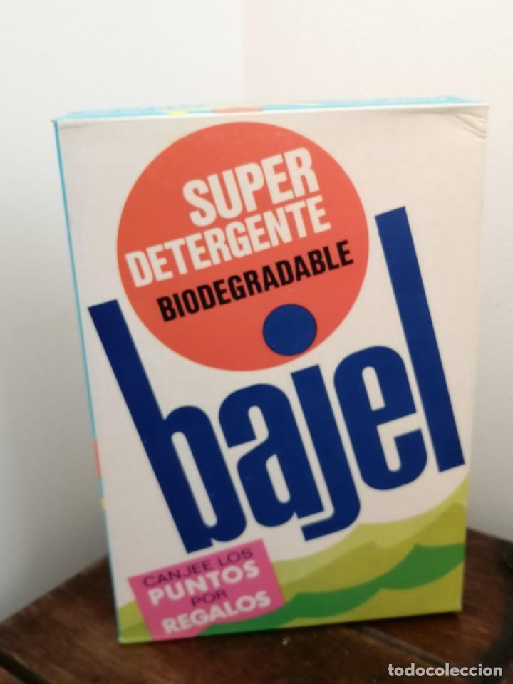 Coleccionismo: Caja de detergente BAJEL, Biodegradable. posible años 70. Sin abrir. Medidas:21x14,5x4,3cm. - Foto 3 - 253223705
