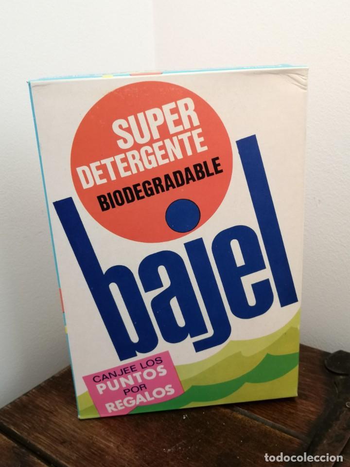 Coleccionismo: Caja de detergente BAJEL, Biodegradable. posible años 70. Sin abrir. Medidas:21x14,5x4,3cm. - Foto 4 - 253223705