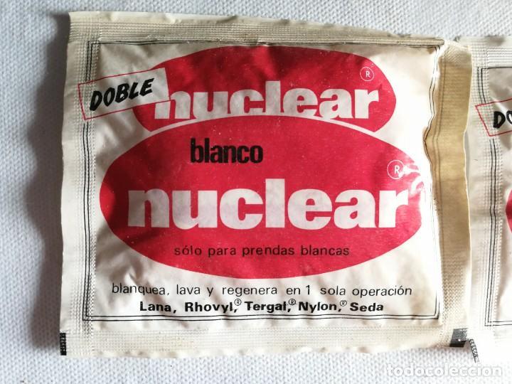 Coleccionismo: Lote de 4 sobres antiguo detergente blanco nuclear, con contenido. 38g. Medidas 11,4x13cm - Foto 2 - 254094490