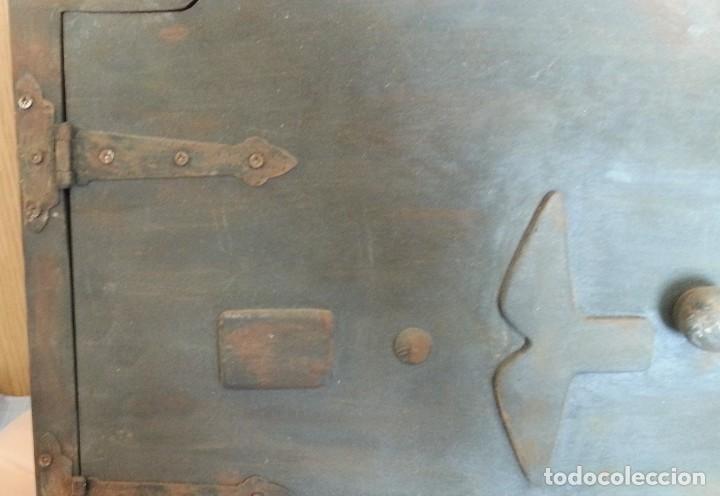 Coleccionismo: Puerta de Horno en madera. Objeto ficticio. - Foto 4 - 254364110