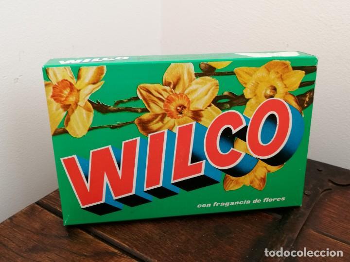 Coleccionismo: Caja detergente WILCO, fragancia de flores, con biodegradable. Sin abrir. Medidas: 12,5x19,5x3,3cm - Foto 2 - 254686425